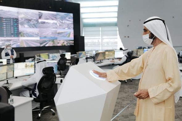 ראש ממשלת האמירויות חונך את מערכת בקרת התנועה החדשה בדובאי, צילום: RTA