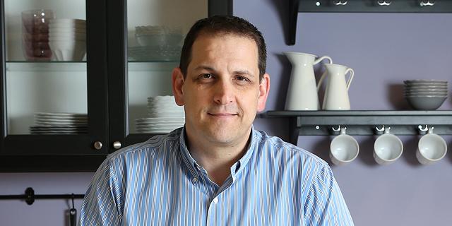 """שוקי קובלנץ מנכ""""ל איקאה. הכנת חוות דעת משפטית, צילום: אלעד גרשגורן"""