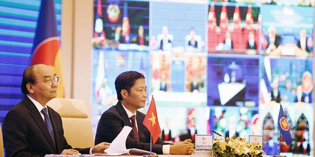 מה המשמעות של הסכם הסחר הענק באסיה, ואיך הוא ישפיע על כלכלת העולם