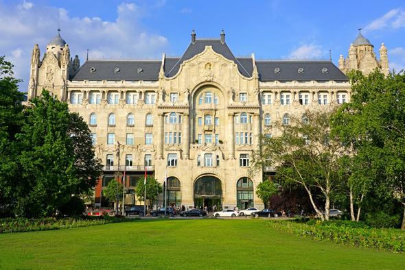 מלון ארבע עונות בבודפשט. פאר וחדרי אירוח גדולים במיוחד, צילום: שאטרסטוק