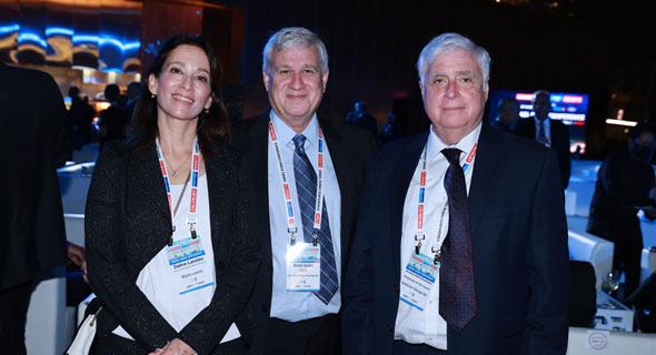 מימין רמי ניסנבאום, רוני יצחקי ודפנה לנדאו , צילום: אוראל כהן
