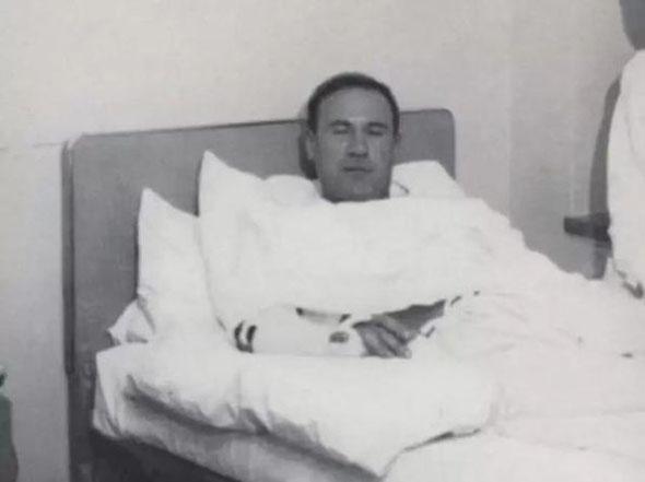 רנקין בבית החולים, פצוע מכף רגל ועד ראש אך חי ונושם