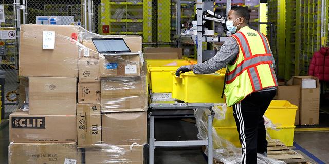 עם 427 אלף עובדים חדשים, אמזון נערכת כמו למלחמה