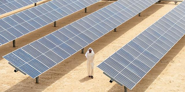 בזכות האנרגיה הסולארית: החשמל והמים בדובאי יוזלו בכ-30%