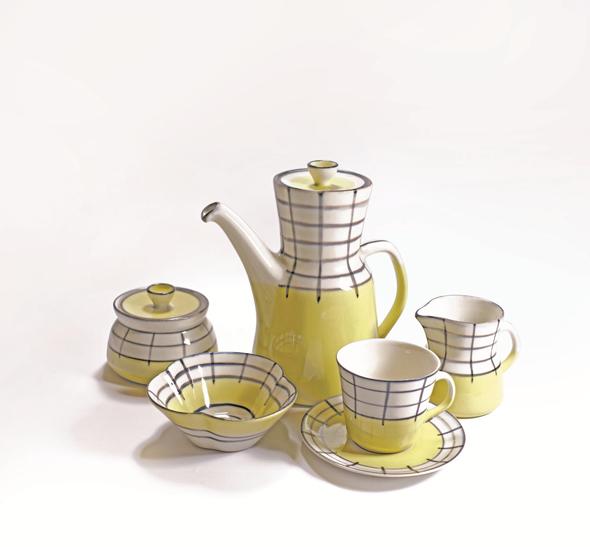 סט קפה של לפיד בעיטור משבצות בעיצוב אלסבת כהן