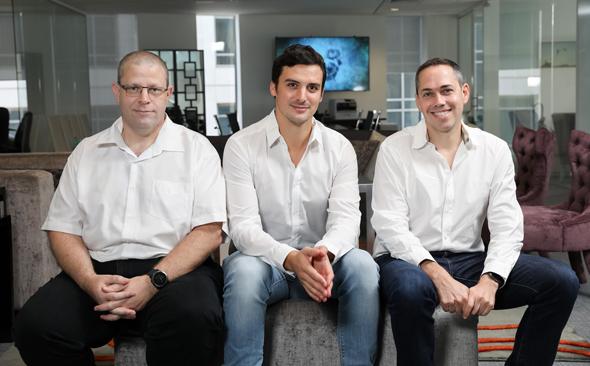 מימין: רן אחיטוב, אביעד אייל וערן ביילסקי. אנטרי קפיטל