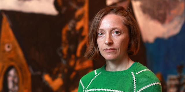 נטליה זורבובה מציירת את החוץ