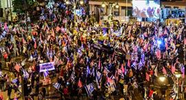 המחאה בירושלים, הערב, צילום: חיים גולדיטש