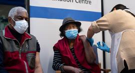 חיסון בבריטניה, צילום: איי אף פי