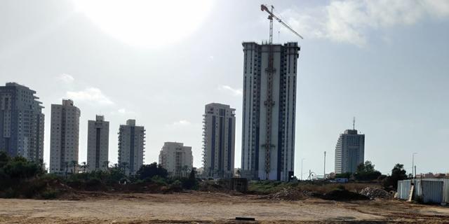 """יום סוער בשוק הנדל""""ן רגע לפני סיום השנה: ביקושים ערים לבניית 9,000 דירות"""