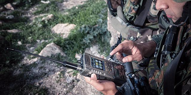 מגה עסקה לאלביט בשוויץ: תמכור לצבא המקומי רשת קשר טקטית ב-338 מיליון דולר