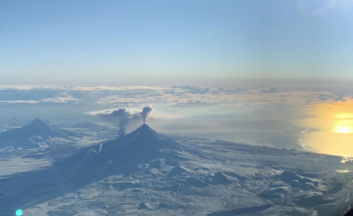צילום: Alaska Volcano Observatory