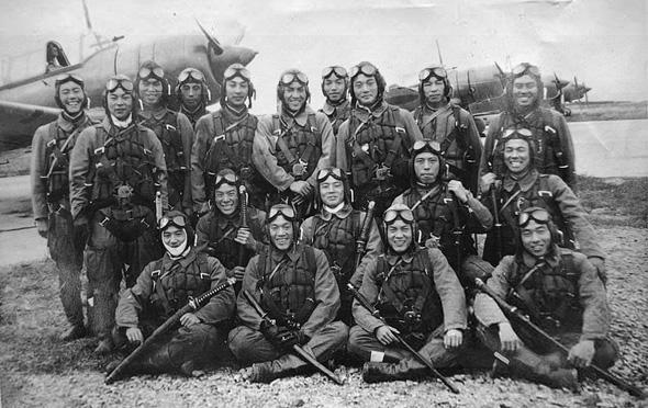 טייסי קרב של חיל הים היפני. כמה מהם שרדו את המלחמה?