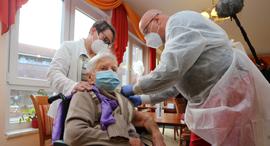 חיסון קורונה גרמניה פייזר ביונטק, צילום: אי.אף.פי