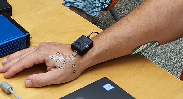 A wearable device monitoring neural activity. Photo: X-trodes