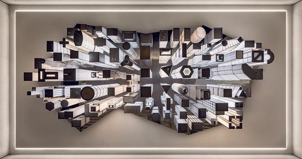 """""""הכוורת"""", היצירה של אלמגרין ודראגסט בתחנה, צילום: NICHOLAS KNIGHT"""