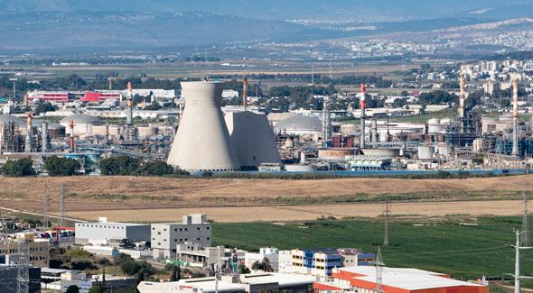 מפעל בזן במפרץ חיפה. על השטח שתקבל חזרה, בזן לא תוכל להקים תשתיות או מתקני תפעול