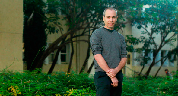 Prof. Ron Diskin of the Weizmann Institute of Science. Photo: Amit Shaal