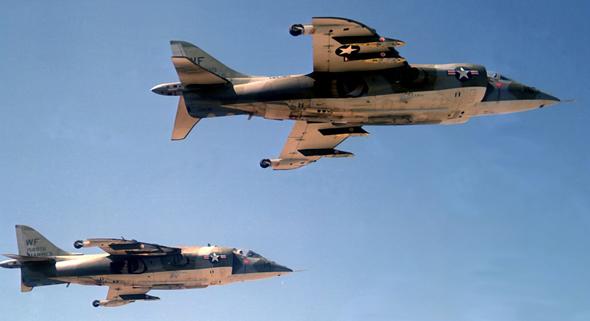 מטוסי הארייר של חיל הנחתים האמריקאי, צילום: USN