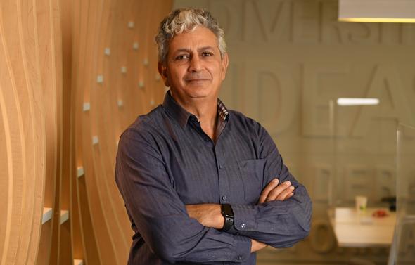 Accenture Israel's Country Managing Director, Shimon Elkabetz. Photo: Elad Gutman