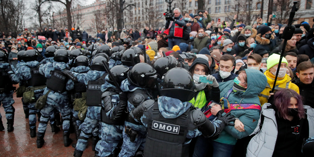 רוסיה: יותר מ-2,500 עצורים בהפגנות של מתנגדי פוטין