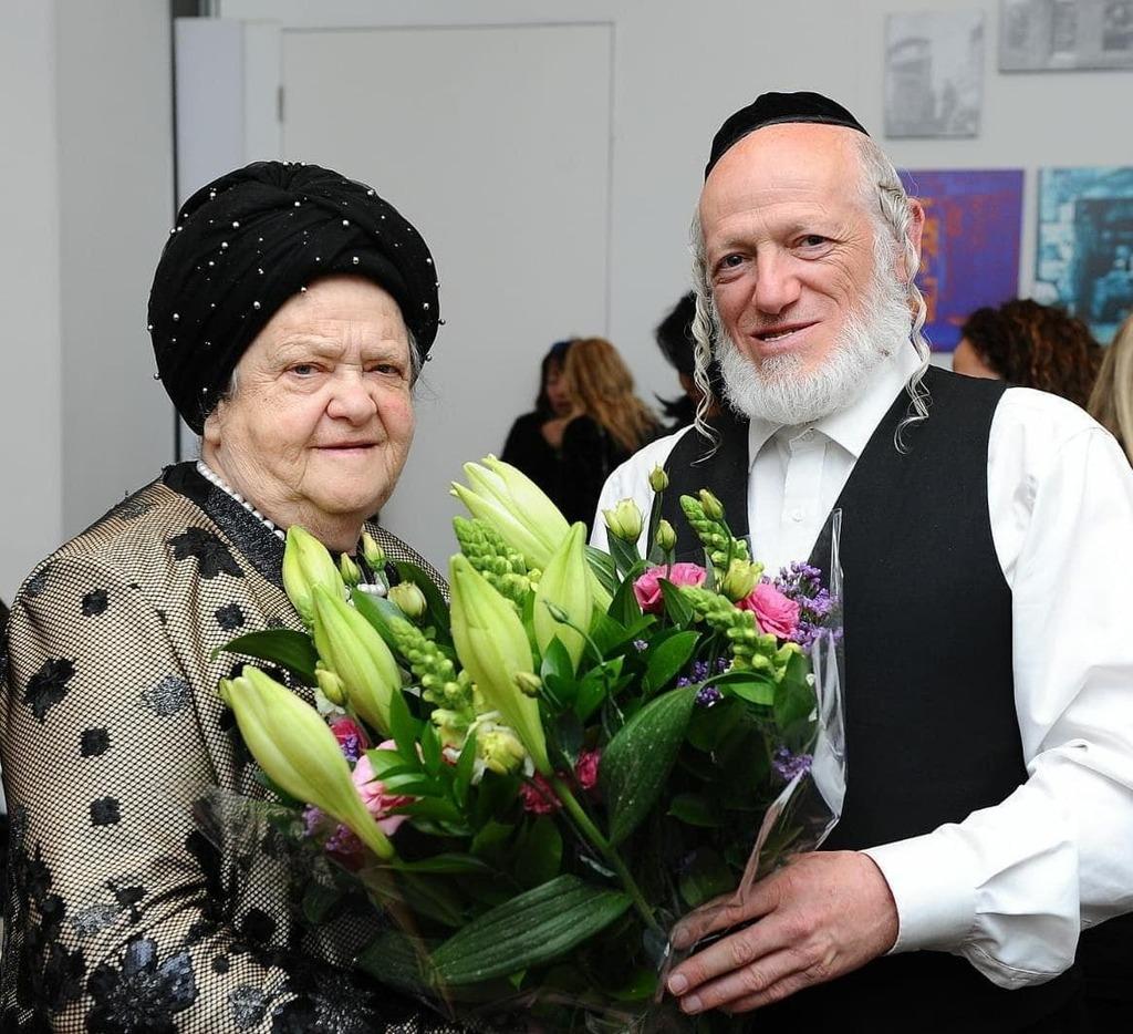 יהודה משי זהב ואמו שרה
