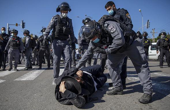 העימותים בין חרדים לשוטרים באשדוד