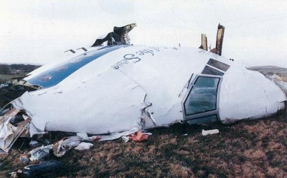 הריסות מטוס פאן-אם שהתרסק בפיגוע לוקרבי, 1988, צילום: SCMP