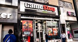 חנות גיימסטופ GameStop משחקי מחשב מנהטן ניו יורק, צילום: איי פי