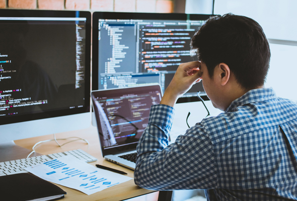 Tech employee. Photo: Shutterstock