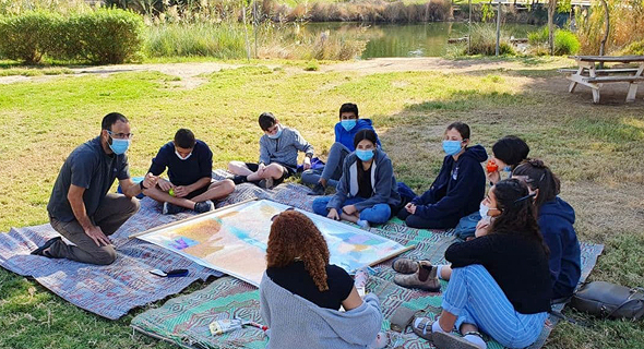 למידה בחוץ, צילום: מועצה אזורית הערבה התיכונה