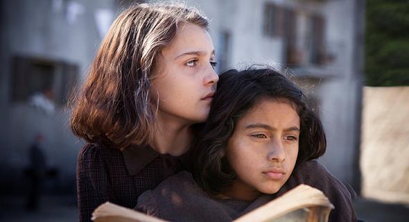 """""""החברה הגאונה"""". לא כולם יכולים לתאר מערכות יחסים כמו אלנה פרנטה, צילום: באדיבות סלקום TV"""