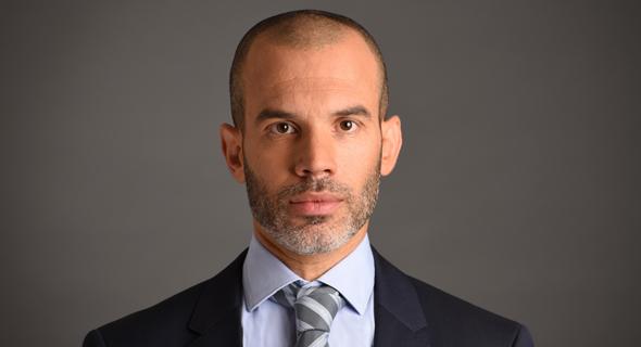 אורי קרן, מנהל השקעות ראשי ושותף במור גמל