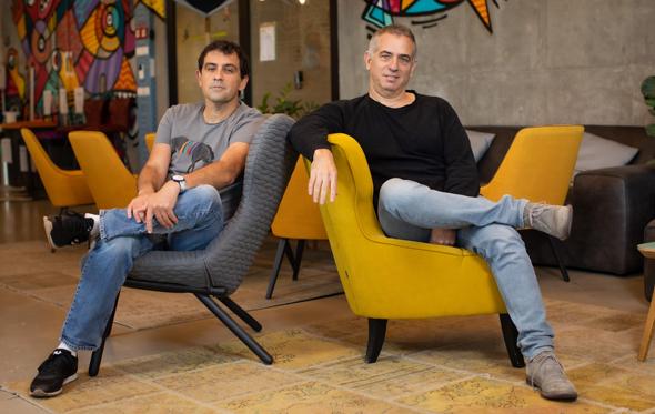 Personetics co-founders David Sosna (left) and David Govrin. Photo: Arik Sultan