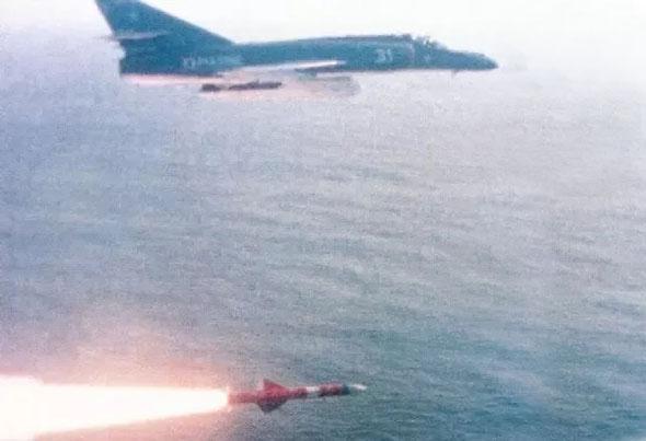 משימה של להיות או לחדול. שיגור אקזוסט, צילום: aviadejavu