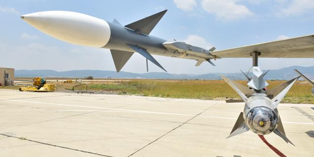לדרבי חוקים משלו: הטיל שחיל האוויר ויתר עליו נמכר כבר במיליארד דולר