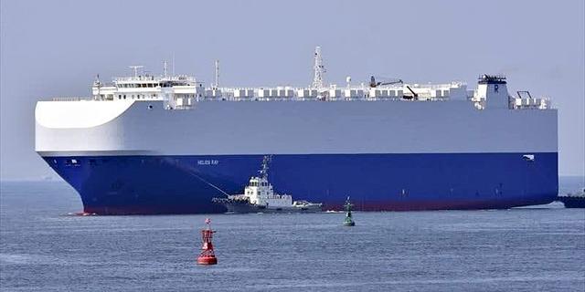 פיצוץ מסתורי פגע בספינה בבעלותו של רמי אונגר במפרץ עומאן; אין נפגעים