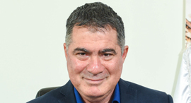 ראול סרוגו נשיא התאחדות הקבלנים בוני הארץ כנס תחזיות, צילום: כפיר סיון
