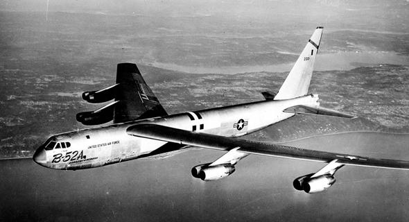 B52A בטיסת בכורה, צילום: Boeing