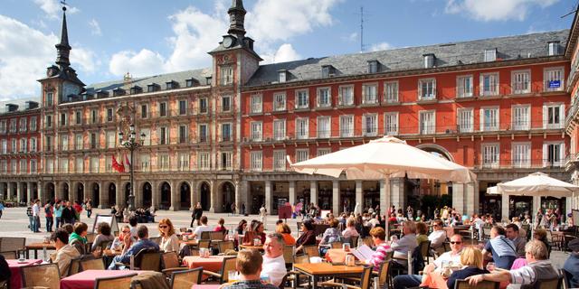 ספרד בוחנת מעבר לשבוע עבודה של 4 ימים