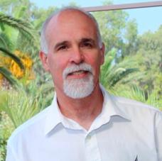 מני צרפתי, מנהל ארכיטקטורת פתרונות ברד-האט ישראל, יוון וקפריסין