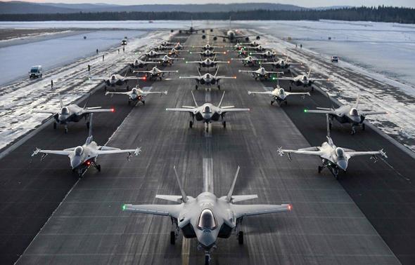 F35 ו-F16 מדגמנים יחד, צילום: USAF