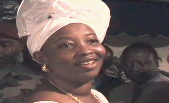 ממאדי טורה אשת נשיא גינאה לשעבר