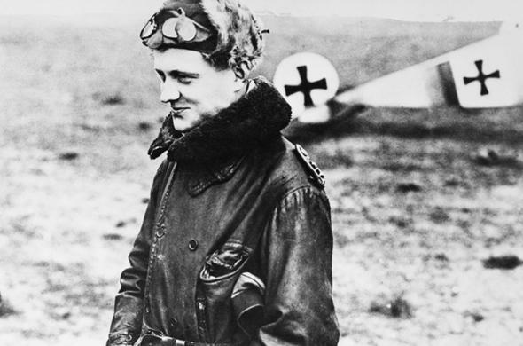מנפרד בטייסת, 1916