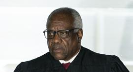 """קלרנס תומאס שופט בית המשפט העליון ב ארה""""ב, צילום: בלומברג"""