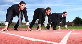 הסכם אי תחרות אנשי עסקים מתחרים, צילום: שאטרסטוק