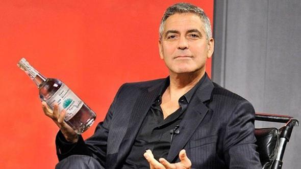 קוקטייל מנצח: כוכבי הוליווד מחכים לאקזיט ממיזמי האלכוהול שלהם