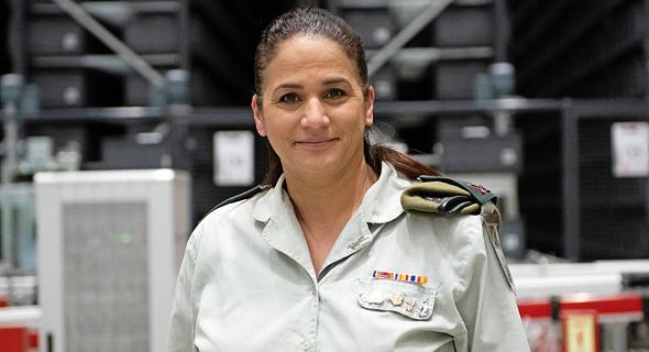 """תא""""ל מירב בריקמן, מפקדת מרכז הספקה אחוד מטכ""""לי של צה""""ל"""