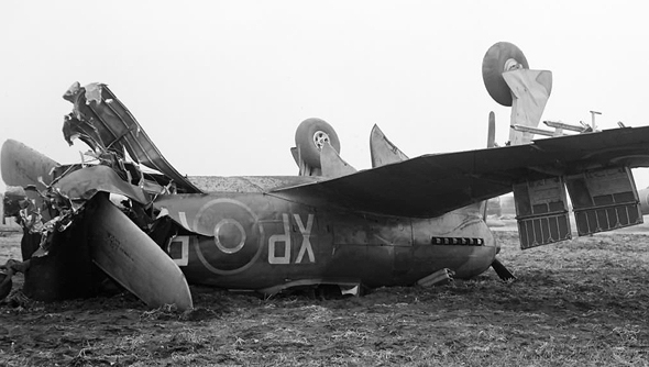 מטוס טמפסט שהתרסק