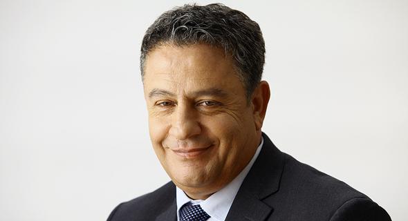 ראש המועצה המקומית באר יעקב, ניסים גוזלן